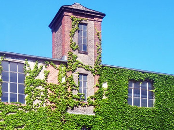 Loft in historischer Fabrik in Berlin mieten | RentAClub.org