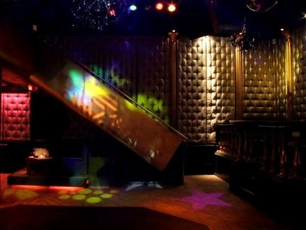 club an der ringbahn in berlin mieten. Black Bedroom Furniture Sets. Home Design Ideas