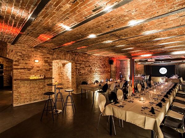87 restaurant lounge event gew lbekeller in stuttgart mieten. Black Bedroom Furniture Sets. Home Design Ideas