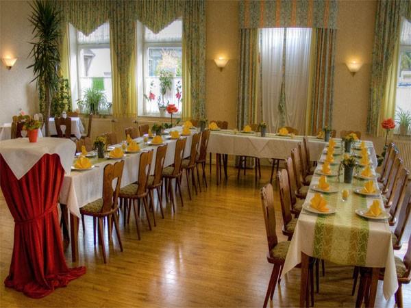 traditionsreiches restaurant in bielefeld mieten. Black Bedroom Furniture Sets. Home Design Ideas