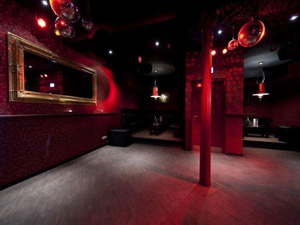 Stylischer nachtclub mit lounge in wiesbaden mieten - Nachtclub ...