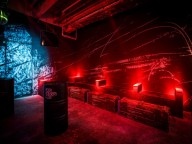 Partyraum: Stylischer Night-Club mit zwei Floors