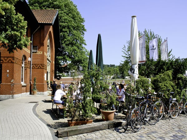 Historischer Bahnhof mit Biergarten in Essen, Ruhr mieten