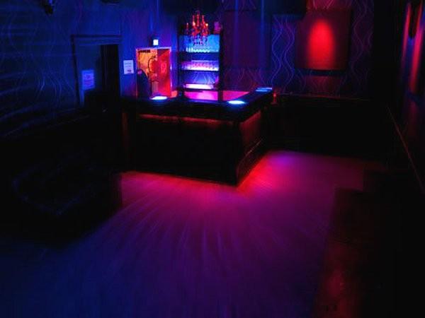 bar am osthafen in frankfurt am main mieten. Black Bedroom Furniture Sets. Home Design Ideas