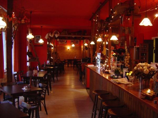 spezialit ten restaurant mit partykeller in berlin mieten. Black Bedroom Furniture Sets. Home Design Ideas