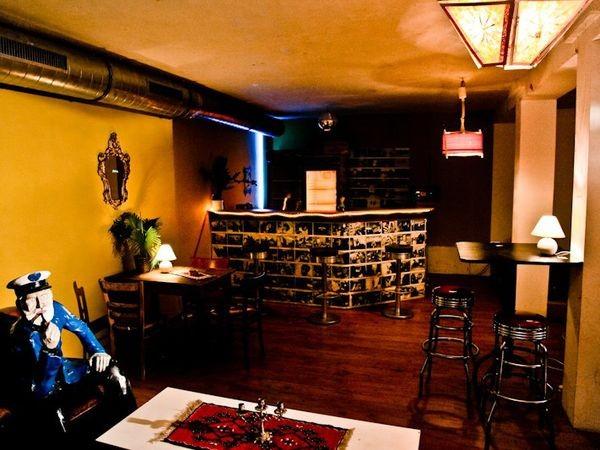 eventraum im alten hochbunker in duisburg mieten. Black Bedroom Furniture Sets. Home Design Ideas
