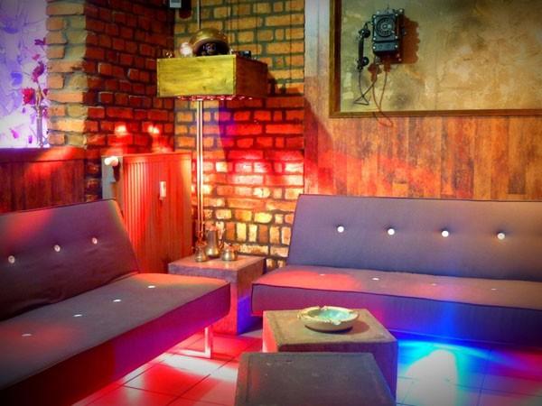 Bar Und Lounge Diese Au U00dfergew U00f6hnliche Befindet Sich Wohnzimmer