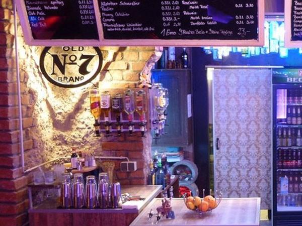 Partyraum In Leipzig Aussergewhnliche Bar Und Lounge