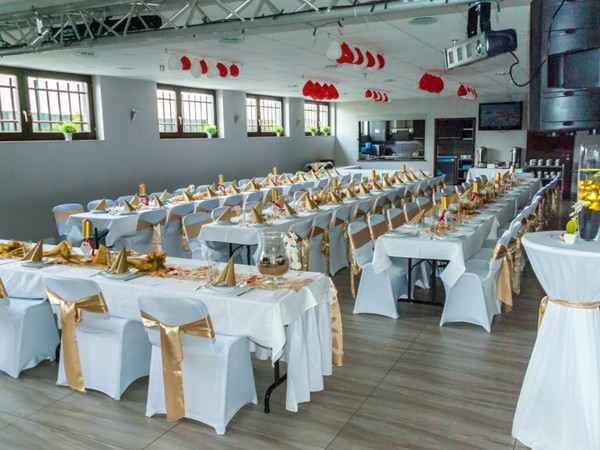 Pension mit modernem Saal in Leverkusen mieten | RentAClub.org