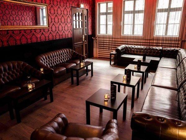 exklusive bar lounge in der innenstadt in g ttingen mieten. Black Bedroom Furniture Sets. Home Design Ideas