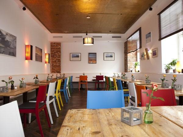 restaurant mit seychellischer k che in m nchen mieten. Black Bedroom Furniture Sets. Home Design Ideas
