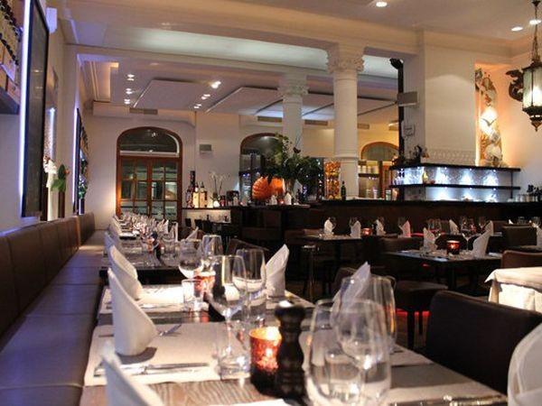 zentrumsnahes italienisches restaurant in m nchen mieten. Black Bedroom Furniture Sets. Home Design Ideas