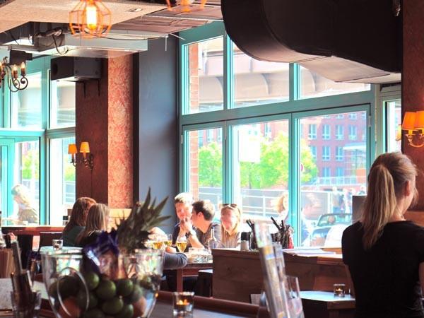 Gem tliches lokal am hafen in hamburg mieten for Restaurant mannheim hafen