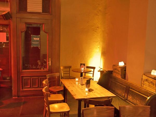 Gemütliche Bar Auf Dem Prenzlauer Berg In Berlin Mieten Rentacluborg