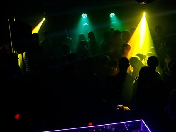 club in frankfurt alt sachsenhausen in frankfurt mieten. Black Bedroom Furniture Sets. Home Design Ideas