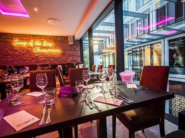 pizzeria bar lounge in frankfurt mieten. Black Bedroom Furniture Sets. Home Design Ideas