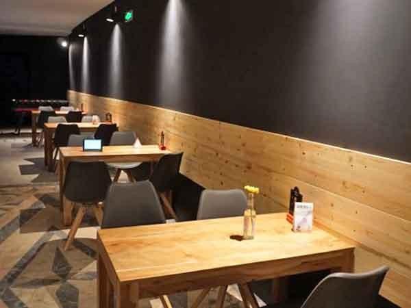Partyraum In Karlsruhe Cafe Mit Wohnzimmer Atmosphre