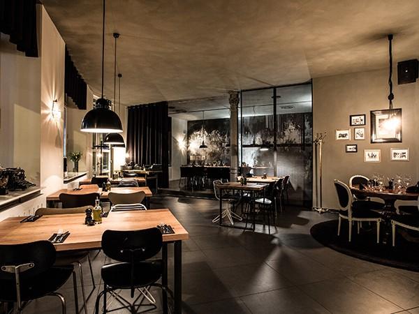 design restaurant im industrielook in stuttgart mieten. Black Bedroom Furniture Sets. Home Design Ideas