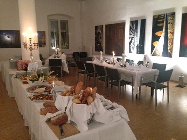 location am regensburger dom in regensburg mieten. Black Bedroom Furniture Sets. Home Design Ideas