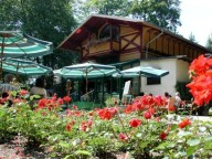 Partyraum: Eventlocation im Park